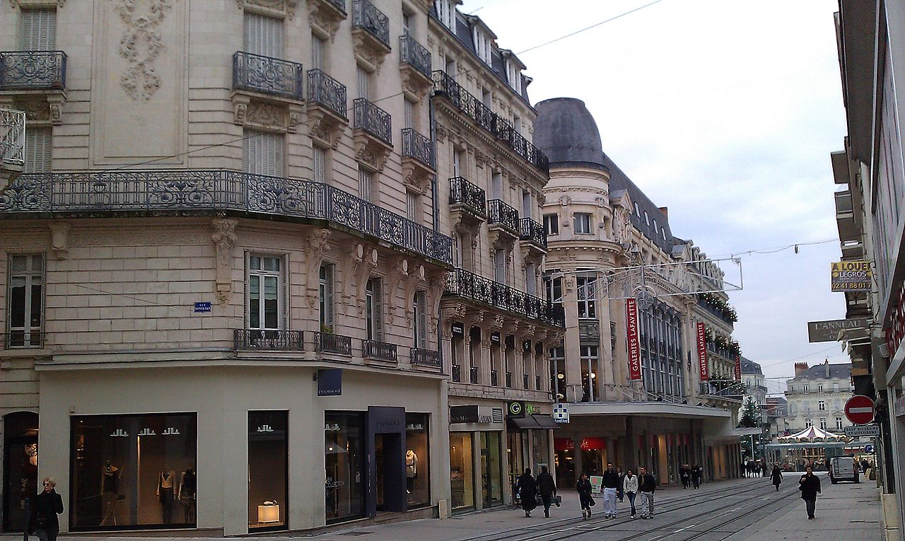 1280px-Angers_-_Rue_d%27Alsace