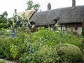 Anne hathaway gardens 2007-1.JPG