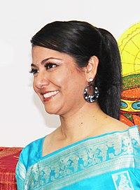 Anushka Shetty - TeachAIDS at Tech Awards Gala (13565635243) (cropped-Piya Sorcar).jpg