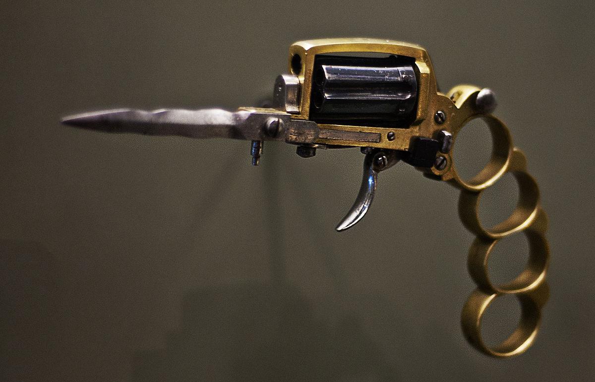 Apache revolver.jpg