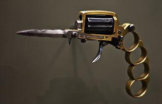 Apache revolver - Apache Revolver
