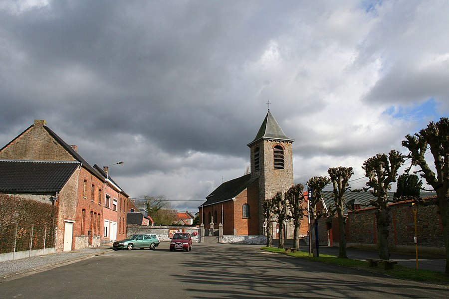 Arbre   (Belgium), the square of the village.