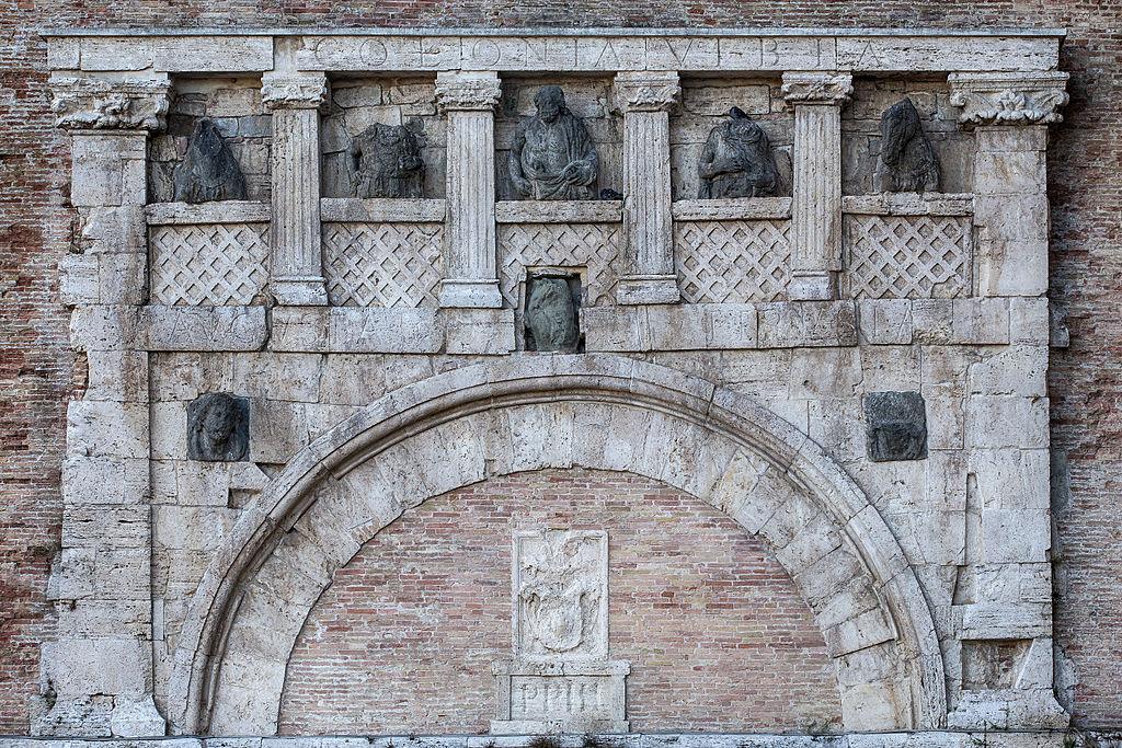 Porta Marzia. Foto de Cristianopelagracci