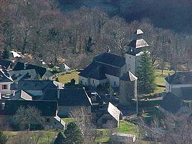 La commune vue depuis le col d'Arras.