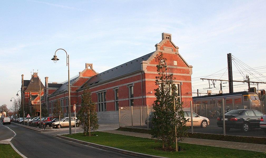 Ath  (Belgium), rue de la Station. – The train station.