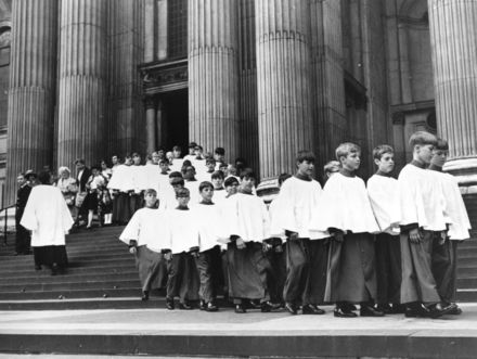 The Atlanta Boy Choir performed in St. Paul's Cathedral in 1969 Atlanta Boy Choir perform in St Paul's Cathedral.png