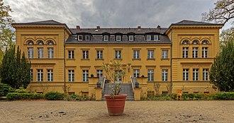 Lichterfelde (Berlin) - Image: B Lichterfelde Hindenburgdamm Gutshaus