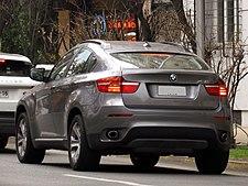 BMW X6 Xdrive30d 2013 (14931385015).jpg