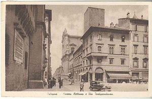 Italiano: BO Bologna piazza Nettuno e via Indi...