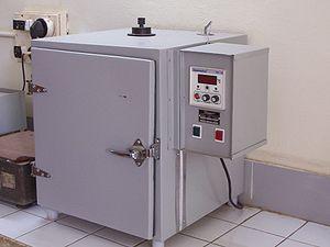 Incubator (culture) - Image: Bacteriological incubator