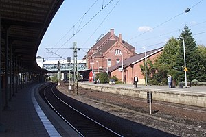 Hamburg-Harburg station - Station Hamburg-Harburg (in the foreground: track 5) in 2005