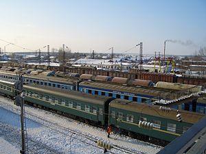 Trains at Balezino station