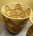 Basket for flour storage - Chokwe - Royal Museum for Central Africa - DSC05887.JPG