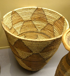 Chokwe people - Image: Basket for flour storage Chokwe Royal Museum for Central Africa DSC05887