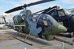 Bell AH-1J Cobra '159218 - 704' (30692419055).jpg