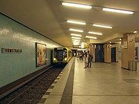 Berlin - U-Bahnhof Turmstraße (9490630480).jpg