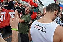 Защитник сексуальных меньшинств микаэл м
