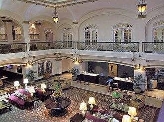 Hotel Blackhawk - Hotel Lobby