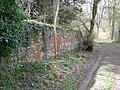 Boundary Wall, Basildon Park - geograph.org.uk - 1226954.jpg