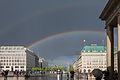 Brandenburger Tor - Unter den Linden Mai 2014-1.jpg