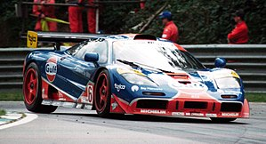 McLaren F1 GTR - The 1996 F1 GTR of Gulf Racing at Brands Hatch.