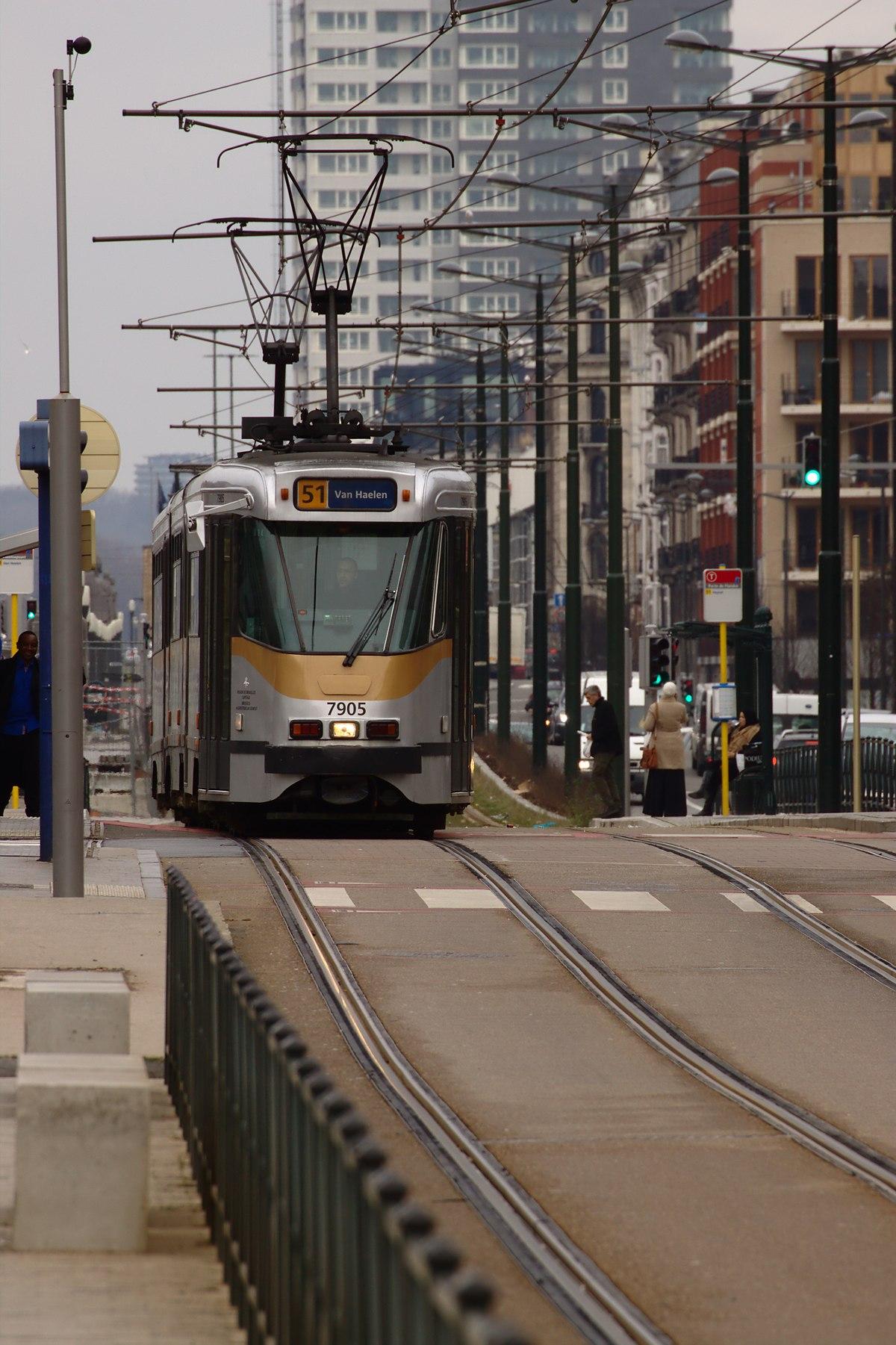 1200px Brusel Barthélémy tramvaj