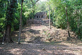 Lacandon Jungle - View of Building 30 in the jungle at Yaxchilan