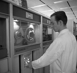 CDC 6000 series - Image: Bundesarchiv B 145 Bild F031433 0012, Aachen, Technische Hochschule, Rechenzentrum