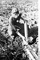 Bundesarchiv Bild 101I-301-1957-23, Nordfrankreich, Granate für Flakgeschütz.jpg