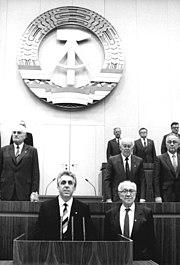 Bundesarchiv Bild 183-1989-1024-027, Berlin, 10. Volkskammertagung