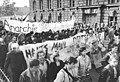 Bundesarchiv Bild 183-1990-1003-036, Berlin, Demonstration gegen Wiedervereinigung.jpg