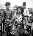 COLLECTIE TROPENMUSEUM Een jonge Gayo bruidegom Noord-Sumatra TMnr 10002976.jpg