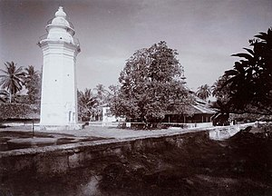 Bantenese people - Great Mosque of Banten and its minaret, circa 1915-1926.