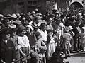 "CROWDS WATCHING THE ""ADLOYADA"" PURIM CARNIVAL IN TEL AVIV. פורים בתל אביב. בצילום, קהל צופה בתהלוכת העדלאידע.D826-124.jpg"
