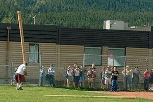 Caber toss - Image: Caber toss 2004 highland games