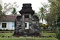 Candi Plumbangan (Plumbangan Temple) - panoramio (2).jpg