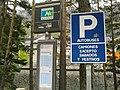 Canfranc, un arrêt de bus francais.jpg
