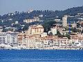 Cannes Francja - zbliżenie, widok z nowego portu. - panoramio.jpg