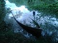 Canoa afundada no lago.jpg