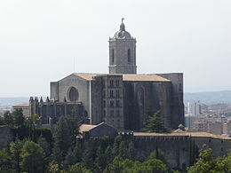 Catedral Girona from Montjuic.JPG