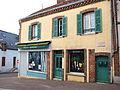 Champignelles-FR-89-commerce-28.jpg