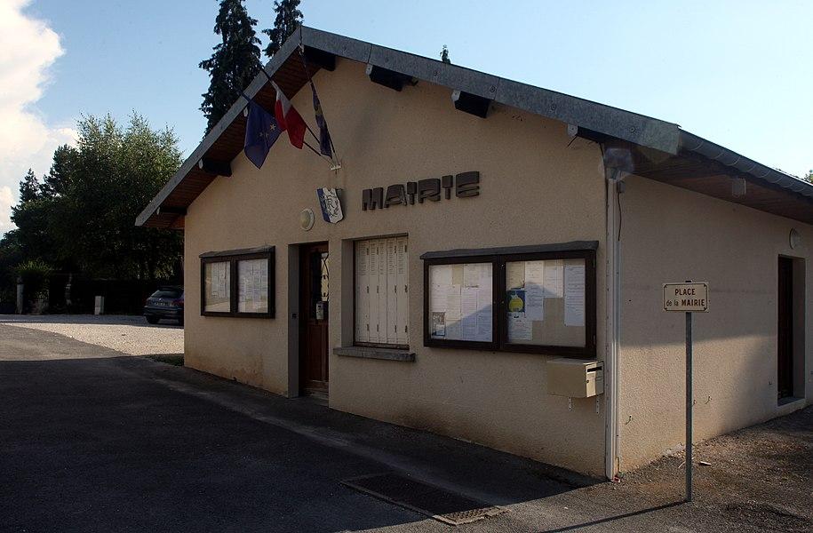 Mairie de Charbonnières-les-Sapins (Doubs).