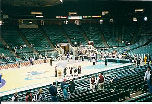 1999–2000 NBA season - Players warming up prior to an April 2000 game between the Charlotte Hornets and the season's eventual Eastern Conference champions Indiana Pacers at the Charlotte Coliseum.