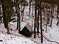 Chatka Severák pod hrebeňom Veľkého Manína - panoramio.jpg