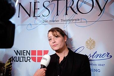 Christine Eder Nestroy-Theaterpreis 2015 a.jpg