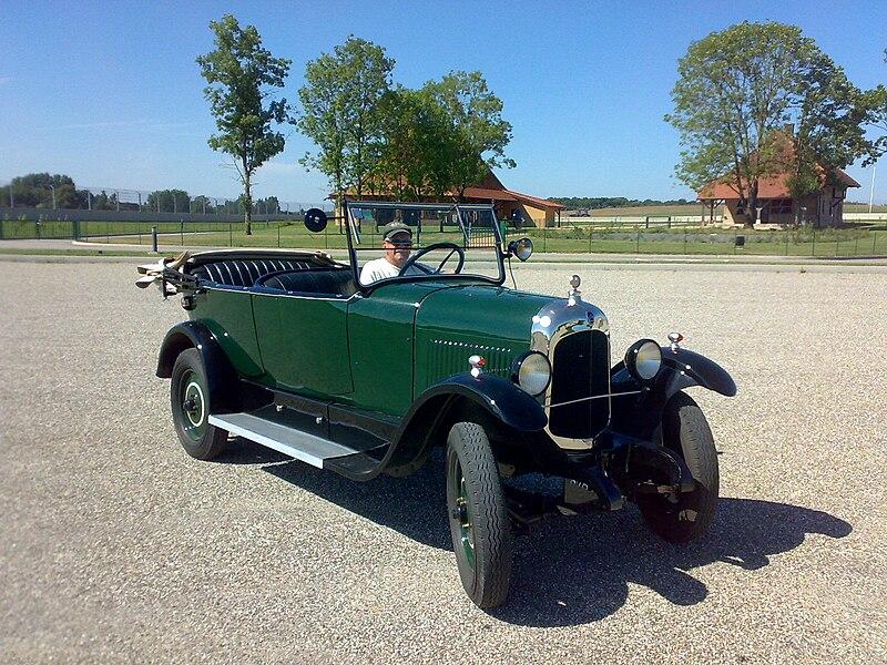 File:CitroënB12a.jpg