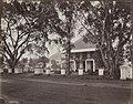 Collectie NMvWereldculturen, RV-A440-ee-35G, Foto, 'Java-hotel in Rijswijk te Batavia', fotograaf Woodbury & Page, 1924-1932.jpg