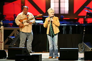 Connie Smith - Connie Smith alongside her guitar player Rick Wright (2007)