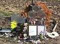 CrashMemorial 3 May 2009 (cropped).jpg