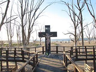Cruz del Cementerio de Carhué.JPG